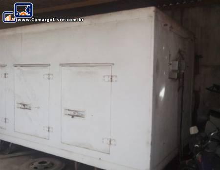 Câmara fria com compressor