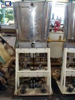 Termoformadora de potinhos com envasadora e seladora Termoforming Italiana