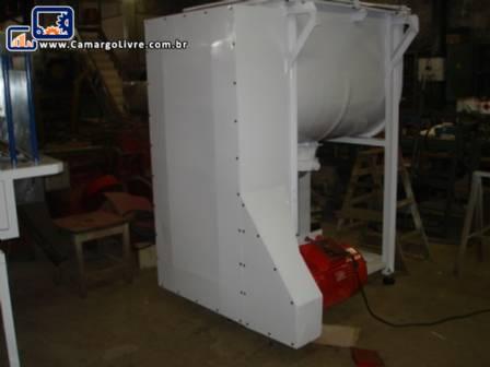 Misturador industrial ribbon blender de 600 litros em aço inox